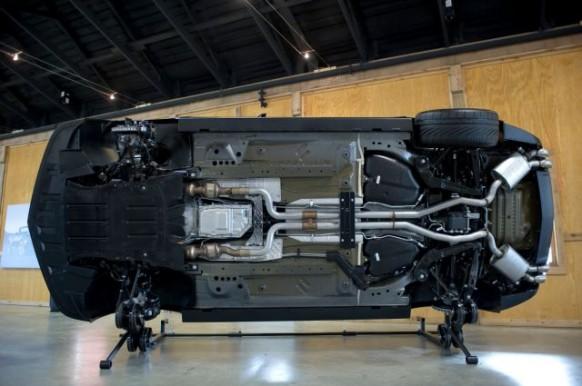 2012-Chevy-Camaro-ZL1-Underbody-Display-582×386-1