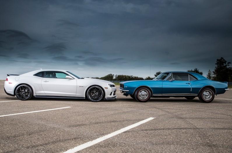 2014-Chevrolet-Camaro-Z28-and-1967-Chevrolet-Camaro-Z28-side-view-796x528