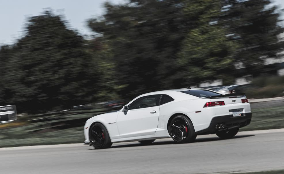 2015-chevrolet-camaro-ss-1le-photo-643376-s-986x603